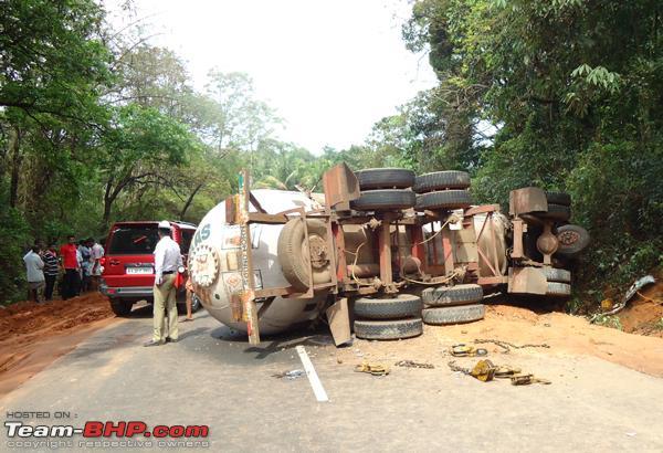 5 morts et 6 bléssés en Inde dans un omnibus non visible sur la photo.