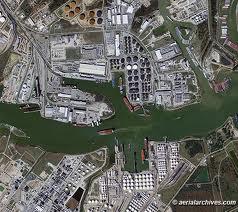 Vue aérienne du Houston Ship Channel