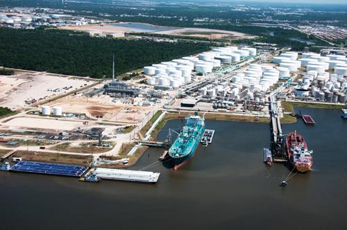 Les installations de chargement d'Enterprise sur le Houston Ship Channel