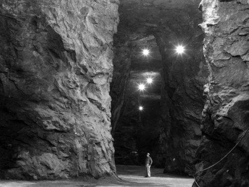 Marcus-Hook-caverns