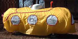 Yellow propane tank